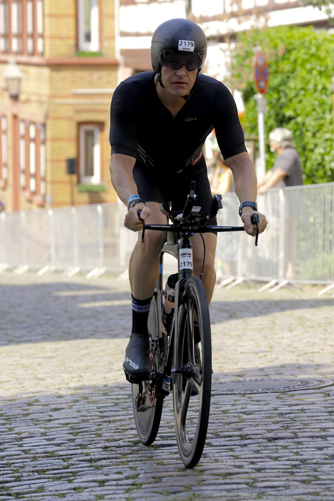 Figure 3. Frankfurt cobbles, shake rattle and roll.